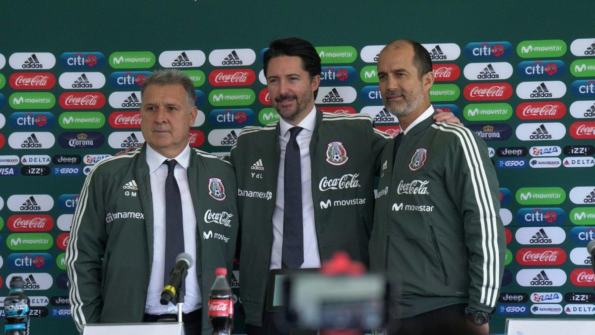 reputable site 09ef4 7a5b9 Quiero hacer a la Selección Mexicana más grande  Martino